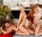 Chloe Chaos, Karla Kush, Summer Brielle - The Sheik Returns 11
