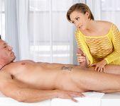 Bailey Bae - Hard Work Pays Off - Fantasy Massage 8