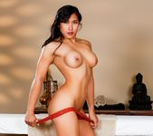 Mia Li - I'm Looking For Buyers - Fantasy Massage 3
