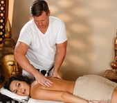 Paisley Parker - Daddy, My Thighs Are Sore - Fantasy Massage 4