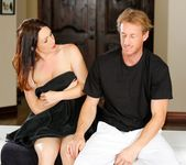RayVeness - Reluctant Client - Fantasy Massage 8