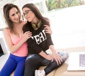 Ashley Adams, Serena Blair - The IT Girl - Fantasy Massage 3