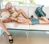 Odette Delacroix, Dakota Skye - My Science Project 12