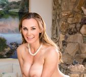 Tanya Tate, Scarlet Red - Eat My Muffin: Part One - Girlsway 19
