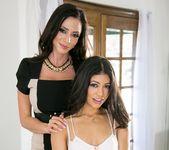 Ariella Ferrera, Veronica Rodriguez - Help My Stepmom 29