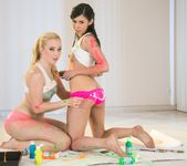 Taylor Reed, Samantha Rone - Paint Me Pink - Girlsway 3