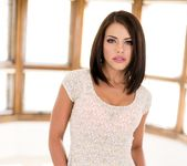 Adriana Chechik, Veronica Avluv - Mommy Takes a Squirt 17