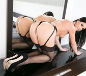 India Summer, Sinn Sage - Three-Way Mistress: Part Three 21