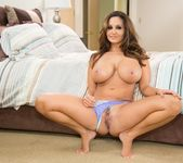 Abella Danger, Ava Addams - Secret Sleepover - Girlsway 22