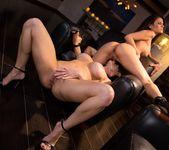 Vanessa Veracruz, Kendra Lust - The Landlady - Girlsway 13