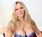 Ann Marie Rios, Julia Ann - Legends and Starlets Volume 04 2