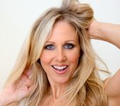 Ann Marie Rios, Julia Ann - Legends and Starlets Volume 04 5