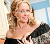 Julia Ann - My Mother's Best Friend Volume 04 3