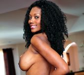 Nyomi Banxxx - My Mother's Best Friend Volume 02 21