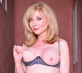 Nicole Ray, Nina Hartley - Nina Loves Girls #02 22