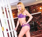 Lexi Belle - Open House 19