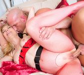Nina Hartley - My Daughter's Boyfriend 4