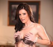 India Summer - My Mother's Best Friend Volume 06 18