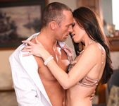 India Summer - My Mother's Best Friend Volume 06 26