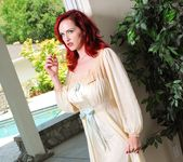 Satine Phoenix, Berlin - Lesbian Noir - The Pool Girl 17
