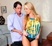 Carolyn Reese - Cougar's Prey Volume 02 8