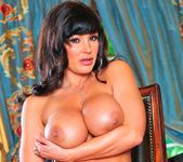 Lisa Ann - Cougar's Prey 25