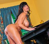 Lisa Ann - Cougar's Prey 28