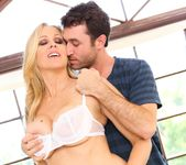 Julia Ann - My Girlfriend's Mother #04 3