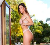 India Summer - MILFs Seeking Boys #04 17