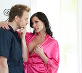 Kendra Lust - Filthy Family #09 3