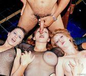 1 Lucky Dick In Multiple Chicks 13
