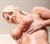 Carolyn Reese - 10 Cum Hungry Sluts 2