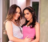 Christina Rose, Tia Cyrus - Lesbian Beauties #10 - Latinas 16
