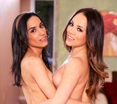 Christina Rose, Tia Cyrus - Lesbian Beauties #10 - Latinas 29