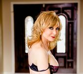 Nina Hartley, Ash Hollywood - Lesbian Hitchhiker #07 25