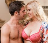 Julia Ann - My Girlfriend's Mother #06 21