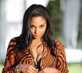 Sapphire, Gemini Alani - Lesbian Beauties #11 - All Black 18