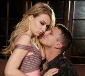 Natalia Starr - The Swinger #05 16