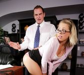 Zoey Monroe - The Escort #03 2