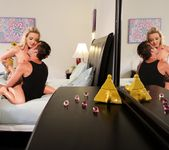 Karla Kush - My Girlfriends Mother #08 3