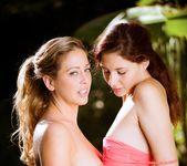 Girls Kissing Girls Volume Sixteen 22