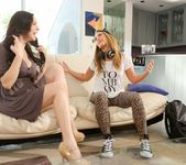 Jelena Jensen, Carter Cruise - Girls Kissing Girls #17 5