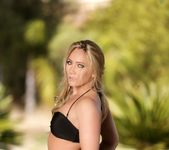 Alexis Texas, AJ Applegate - Alexis Texas Loves Girls 17