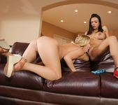 Zoey Taylor, Luna Star - Ass Eating Stepsister 9