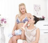 Mea Melone, Nathaly Cherie - Play With My Toy 2