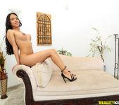 Emily Mena - Latina Especial - 8th Street Latinas 3