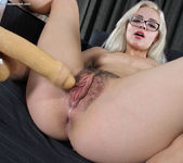 Elsa Jean - hairy pussy blonde with glasses 10