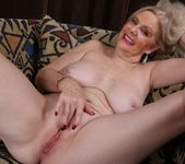 Judy Belkins - older woman showing her pussy 13
