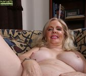 Judy Belkins - older woman showing her pussy 18