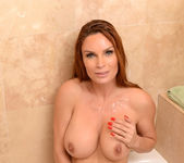 Amy - The Switch - MILF Hunter 12